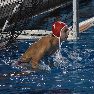 Enrique playing water polo