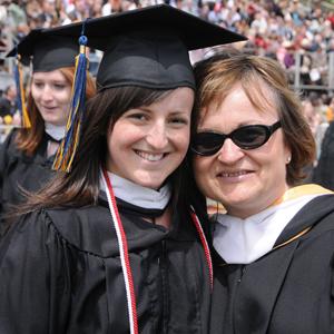 Anna Allen her daughter Sara in early 2008.
