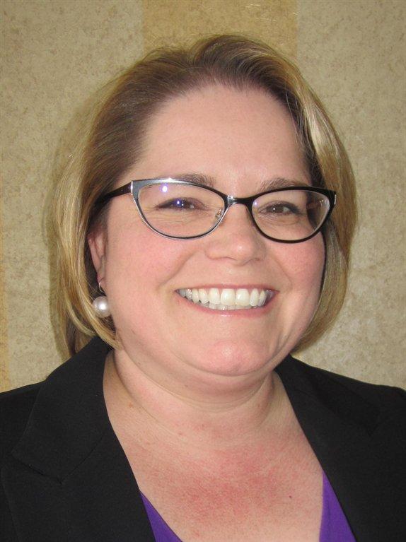 Cristine Paull, '94