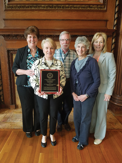 Neighborhood-Nursing-Center_Award-w_400